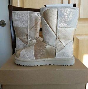 BNIB UGG Classic Glitter Patchwork Boot Size 6